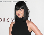 Katy Perry e Rihanna recebem proposta para se apresentar no Super Bowl… Sem cachê