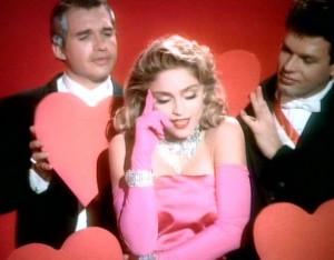 Material girl… Madonna vai leiloar figurinos icônicos de sua carreira!