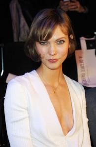Karlie Kloss é contratada da Chanel e entra para o time de Bündchen