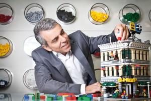 Robério Esteves dobrou o faturamento da Lego no Brasil e quer voar mais alto