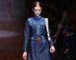 Gucci se rende ao jeans na Semana de Moda de Milão