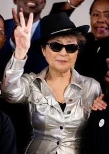 Yoko Ono cede direitos de música de Lennon para Dia Internacional da Paz