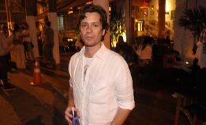 Raphael Falci comemorou idade nova no restaurante Marakuthai