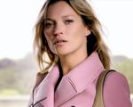 Kate Moss é a estrela da campanha da New Jackie, da Gucci. Play!