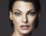 Gata! Linda Evangelista é o rosto de nova base da Dolce & Gabbana