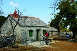 Roteiro na Croácia combina passeios de bicicleta e barco em sete cidades