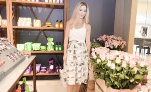 Granado inaugura pop up store no Iguatemi com Vic Meirelles