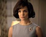 Em série, Katie Holmes volta ao papel de Jackie Kennedy Onassis