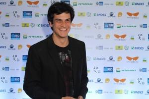 Direto do Festival do Rio, Mateus Solano fala sobre o Prêmio Felix