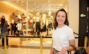 Shoulder abre loja no Iguatemi com time de blogueiras