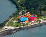 Frank Gehry inaugura o Biomuseu, sua primeira empreitada na America Latina