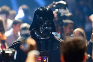 Darth Vader invade a primeira fila da Triton, na semana de moda paulistana
