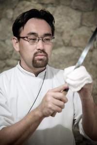 Jun Sakamoto arma jantar especial para turma generosa