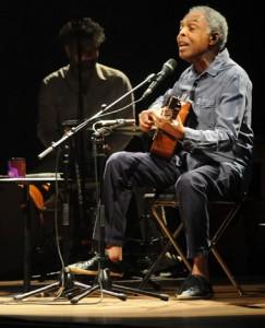 Gilberto Gil lança DVD em homenagem a João Gilberto. Vem ver como foi