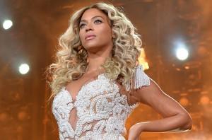 """Beyoncé é a cantora mais bem paga de 2014, segundo """"Forbes"""""""