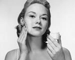 25 top produtos para hidratar o rosto, corpo e cabelo no verão