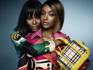 Burberry lança nova campanha com duas pérolas negras da moda