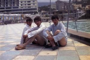 Fotografias raríssimas dos Beatles de férias na Espanha vão a leilão