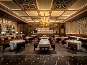 Restaurante do The Dorchester reabre com novo menu em Londres