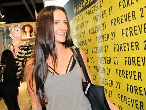 Bettina Prata mostra suas escolhas para o réveillon na Forever 21