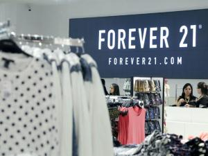 Forever 21 abre mais três lojas em São Paulo neste sábado. Vem ver!