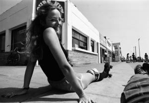 Livro reúne cliques incríveis dos patins roubando a cena nos anos 70