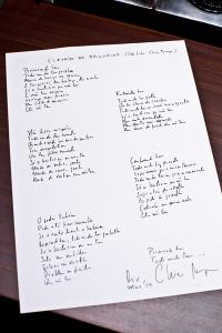Turma do Bem arma bazar com direito a manuscrito doado por Chico Buarque