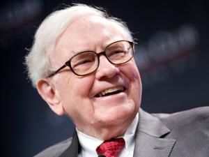 Warren Buffett quebra recorde e doa R$ 5,5 bilhões em 2014