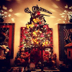 Ticiana Villas Boas, Maricy Trussardi e cia. mostram suas árvores de Natal