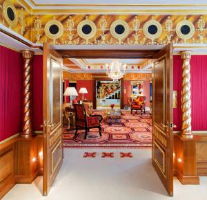 Direto de Dubai: as suítes e décor do único hotel 7 estrelas do mundo