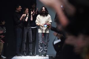 Gucci rompe com passado no primeiro desfile pós-Frida