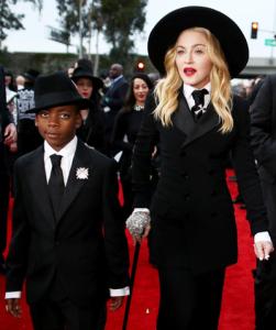 David Banda, filho de Madonna, arrasa na coreografia. Vem ver!