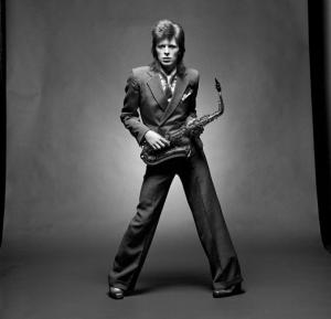 David Bowie chega aos 68 anos e Glamurama revive sua história