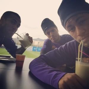 Neymar ataca de consultor de auto-ajuda pelo Instagram. Oi?