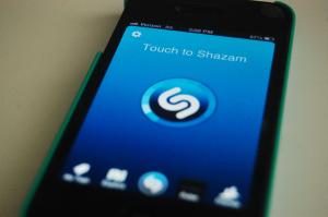 Aplicativo Shazam atinge valor bilionário de mercado. Aos números