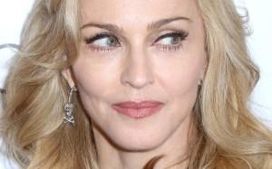 Madonna está comprando casa no Vidigal e já chega incomodando