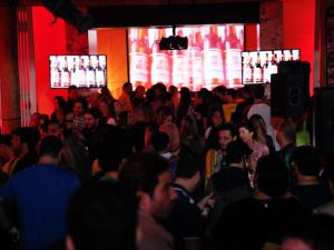 A noite de sexta é na Bud Mansion em São Paulo. Vai ferver!