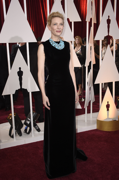 Cate Blanchett usando John Galliano