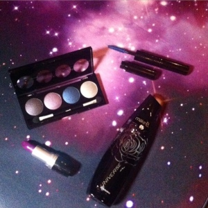 Alguns highlights da nova Make B. Universe Collection, de O Boticário. Vem!