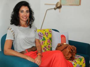 Antonia Frering: corujando a filha e planejando a carreira