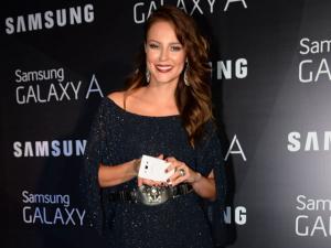 Paolla Oliveira comenta rumores sobre sua vida amorosa e sucesso de bumbum