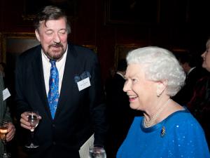 """Rainha Elizabeth II e casamento gay: """"Não é maravilhoso?"""""""