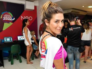 Fe Paes Leme entrega o melhor do Carnaval de Salvador. Vem!