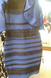 A internet parou por um vestido azul e preto. Ou branco e dourado?