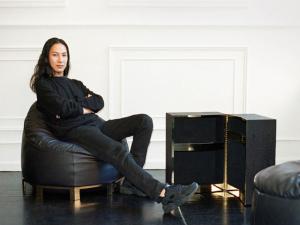 Alexander Wang assina sua primeira linha de móveis. Olha só