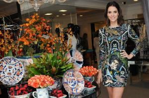 Sandro Barros lança coleção em brunch recheado de glaamurettes