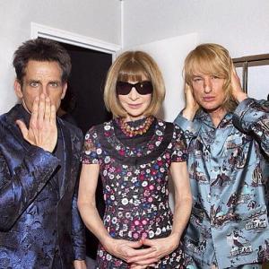 Ben Stiller, Anna Wintour e Owen Wilson em foto clássica no backstage da Valentino