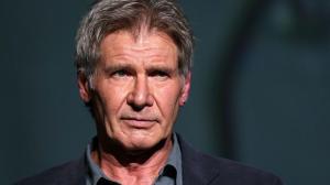 Harrison Ford fica ferido, mas passa bem depois de acidente de avião