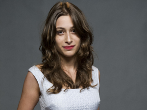 Luisa Arraes às vezes prefere dizer que não é filha de Guel. Por quê?