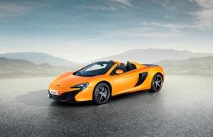 """McLaren lança """"versão popular"""" de esportivo para os jovens"""